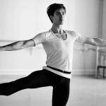 Rudolf Nureyev: Dance to Freedom
