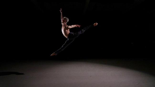 San Francisco Dance Film Fest, Aeterna XXI, Director: Walter Yamazaki, Choreographer: Lauren Jonas
