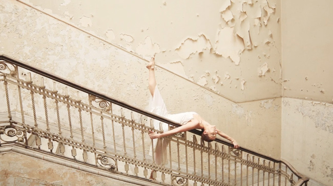 San Francisco Dance Film, Crushing Weight, Director: Vinícius Cardoso, Choreographer: Irupé Sarmiento
